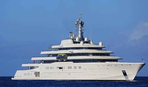 abramovic_yacht_in (1)