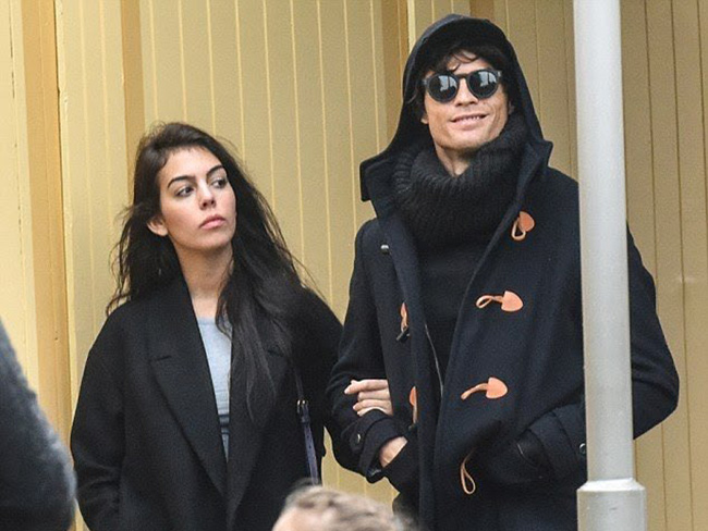 Georgina Rodriguez, new Ronaldo girlfriend, photo